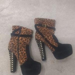 Alba sexy lepord skin heels spike 8.5